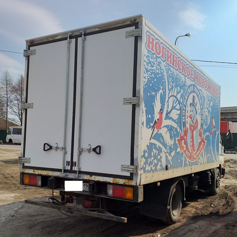 Ремонт дверей на фургоне — Транс-Мороз 6