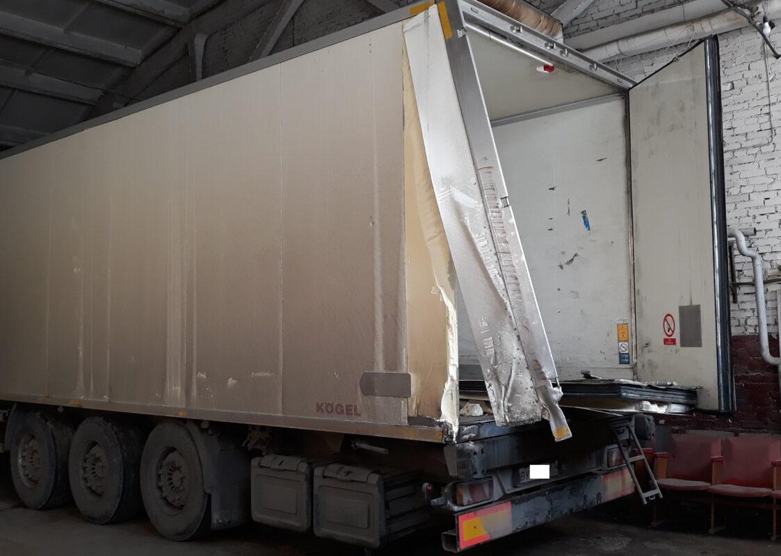 Ремонт дверей на фургоне — Транс-Мороз 7