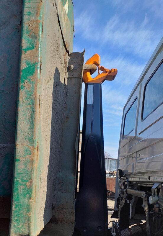 Изготовление и монтаж кронштейна запасного колеса для крюкового погрузчика — Транс-Мороз 1