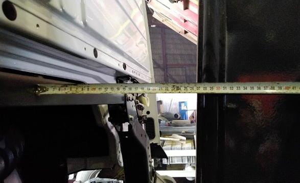 Изготовление и монтаж кронштейна запасного колеса для крюкового погрузчика — Транс-Мороз 2
