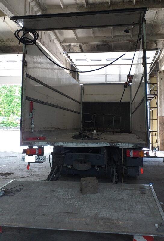 Замена крыши на промтоварном фургоне- Транс-Мороз 20