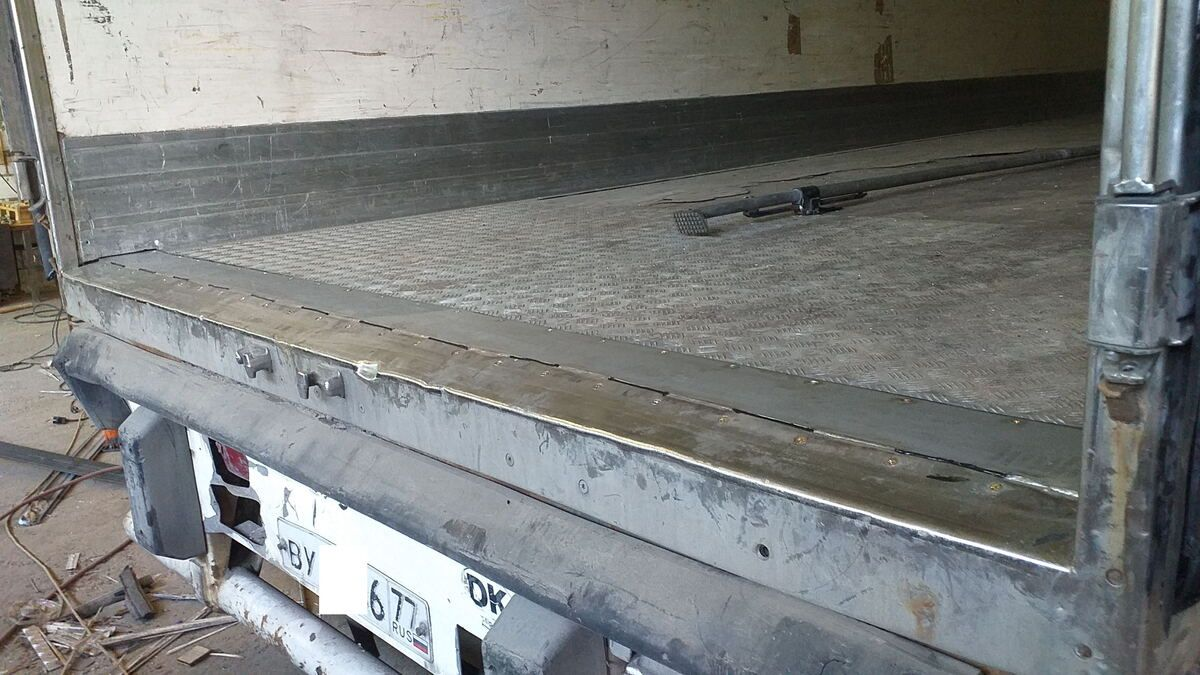 Ремонт порога пола фургона полуприцепа — Транс-Мороз 3