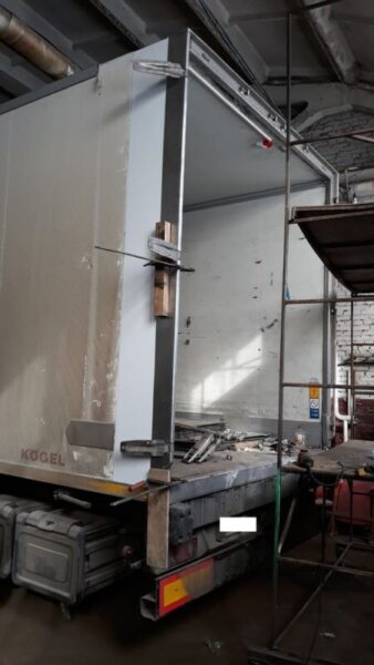 Изготовление и замена дверей фургона-рефрижератора - Транс-Мороз 9